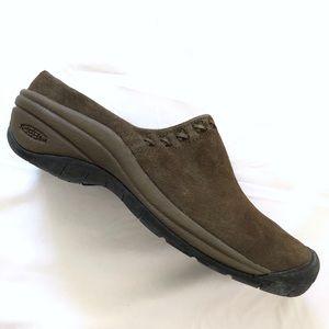 Keen brown leather slip on mule/clog sz. 8.5